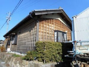 豊田市 リフォームで木の外壁を塗装