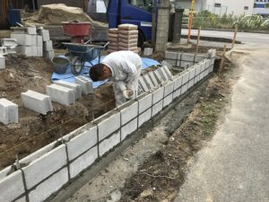 豊田市 ブロック積とフェンス取り付けの外構工事