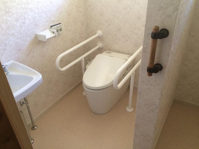 トイレのリフォーム 床の貼替え工事 K様【工事完了】